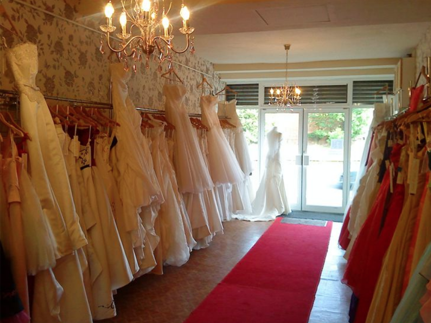 Anna Louise Gowns